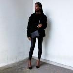 All in black : leggings, pull over, bag, shoes...