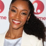 Yaya DaCosta nice natural hairstyle