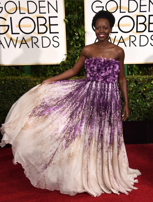Golden Globe Awards dresses : Lupita Nyong'o