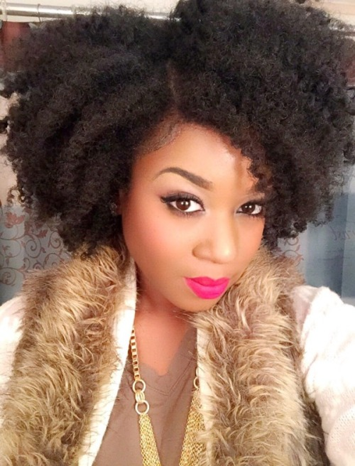 Nice natural hairstyle with line