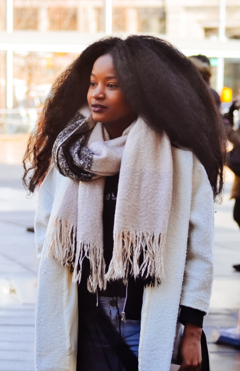 Amazing gorgeous natural hairstyle, white scarf and coat
