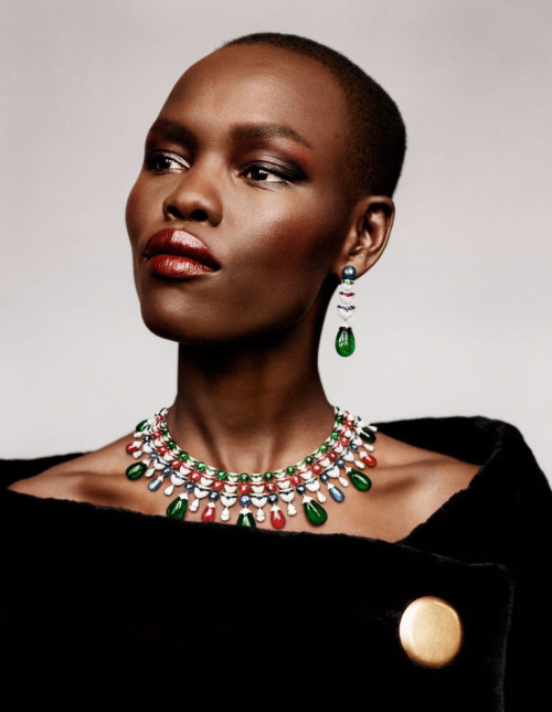 Grace Bol nice necklace, earrings and makeup