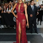 Supermodel Jourdan Dunn to the 2015 Met Gala wears a nice dress