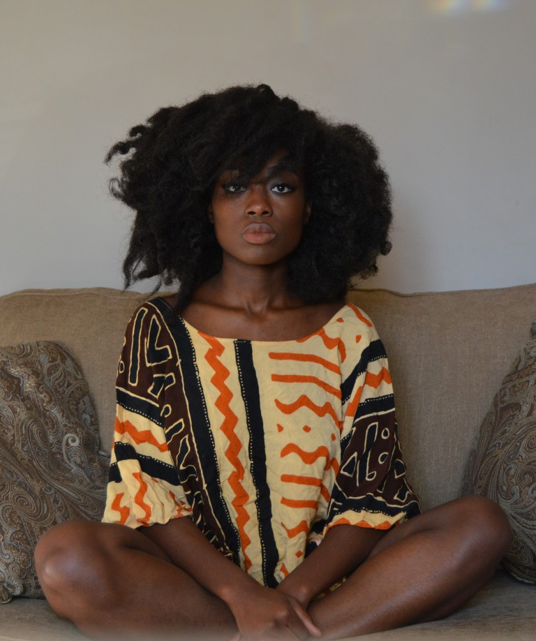 African style and gorgeous natural hairstyle
