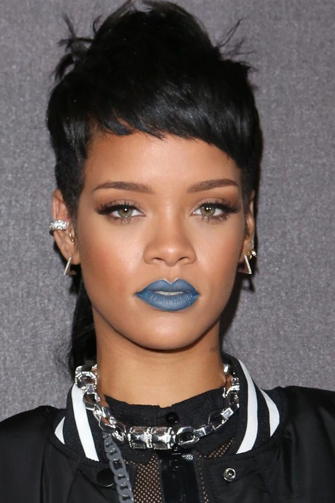 Rihanna lipstick queen blue