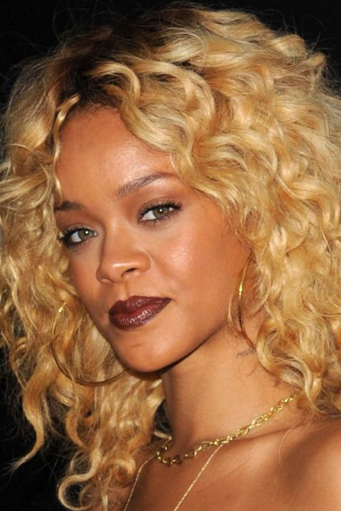 Rihanna lipstick queen dark brown