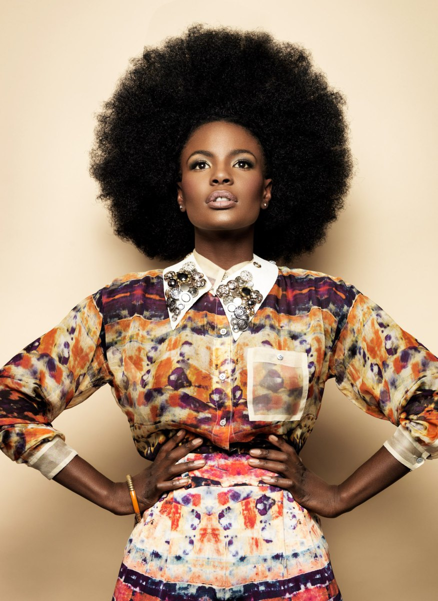 Shingai Shoniwa afro hairstyle, nice colored shirt and skirt